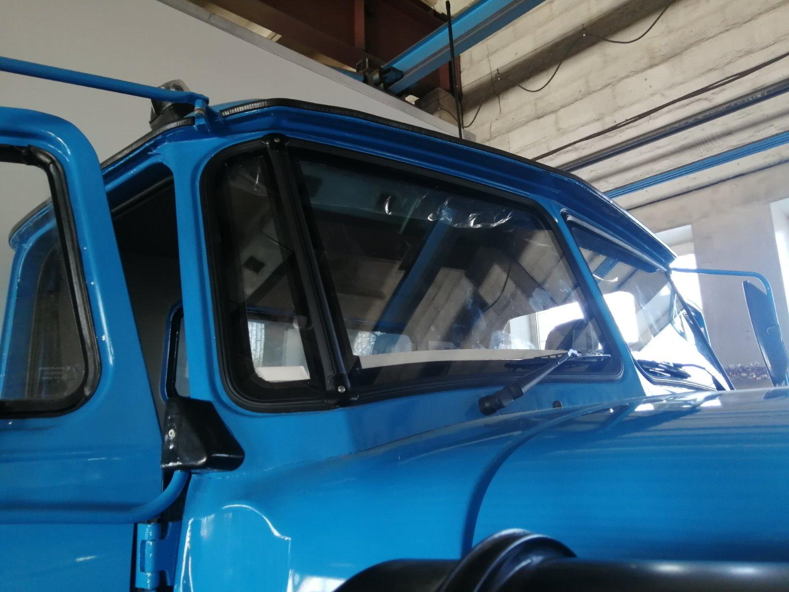 Установка двойного стеклопакета на Урал