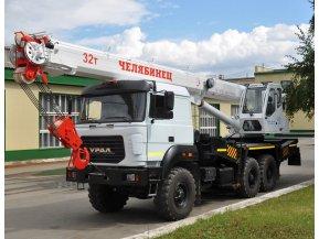 Автокран Челябинец КС-55733-26 на шасси Урал 5557 (бескапотное)